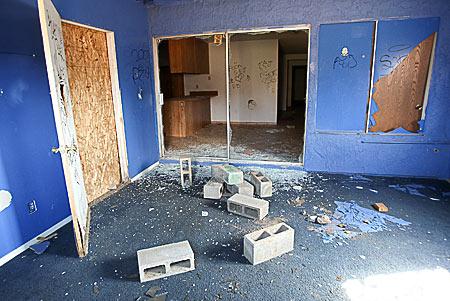 20081015-foreclosures-450