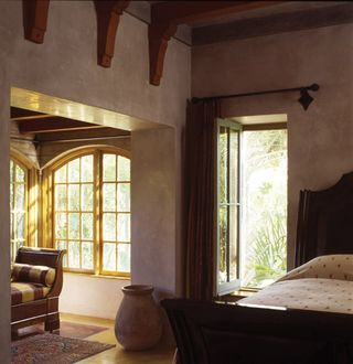Wine_Country_Estate_-_SMS_Straw_Bale